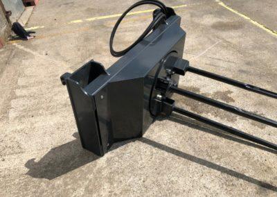 tractor-loader-bale-unroller-unwinder (6)