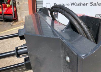 tractor-loader-bale-unroller-unwinder (8)