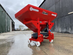 Turkish made Agrional Single Bag Single Disc fertiliser spreader uses a single disc to spread, tractor mounted.